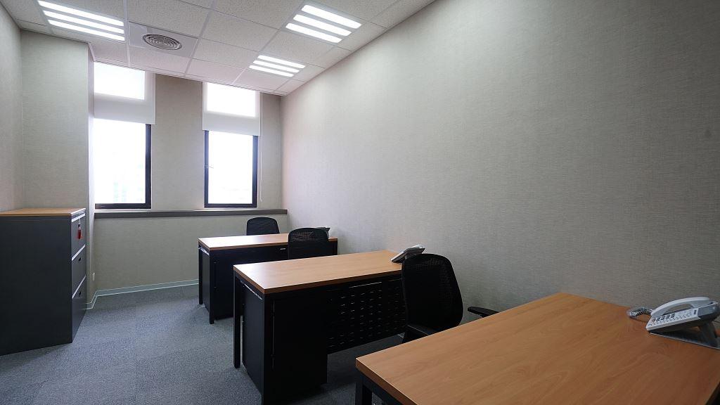 2-3人小型辦公室,小型辦公室,新北小型辦公室